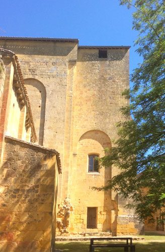 south Facede St Avit romanesque architecture sunny elevation