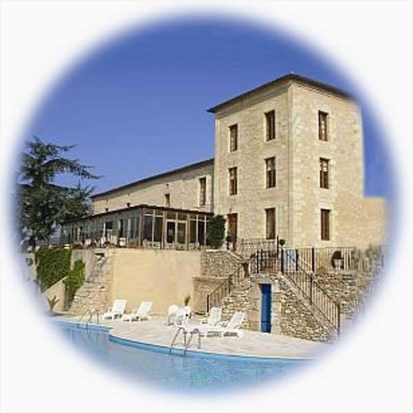 hotel swimming pool france