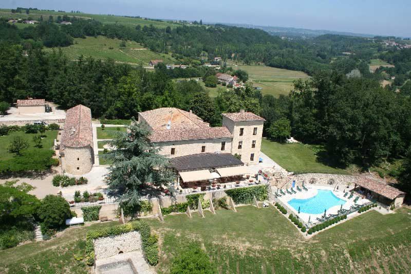 arial photo of chateau de sanse