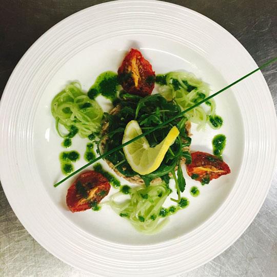 saldey green plate