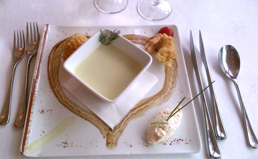 heart soup decoration french cuisine