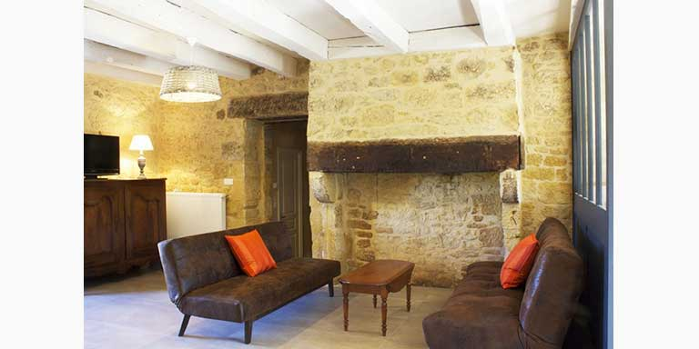 dordogne farm fire place, holiday home,